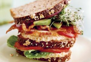 sandwich club mejorado